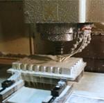 中国蘇州工場にて金型自社生産開始